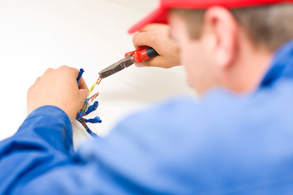 Finding an experienced Electrician: a Must know Tip