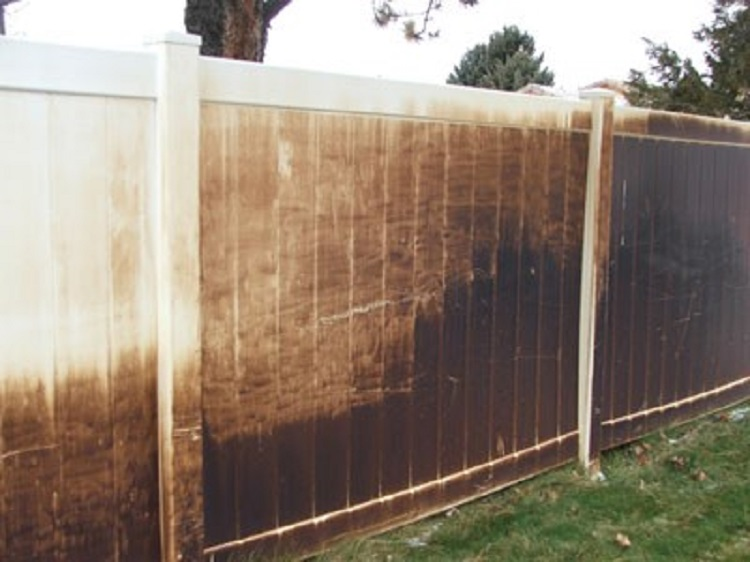 Clean Decks Floors And Fences To Add Value To Your Home