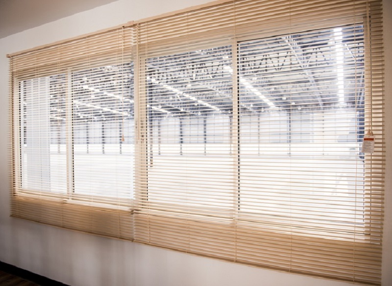 Why Stylish Roller Blinds Can Be Great Functional Decorative?