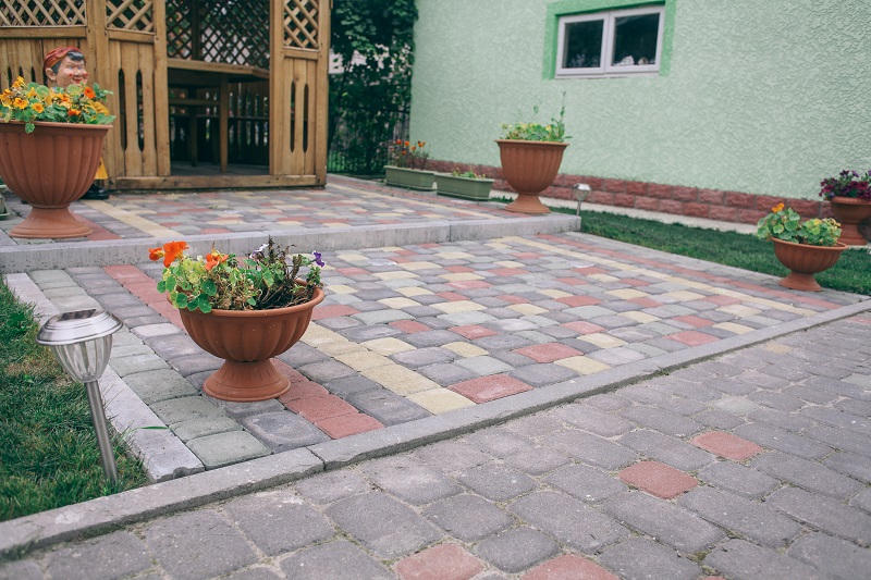Environment Friendly Benefits of Getting Interlocking Paver Supplies