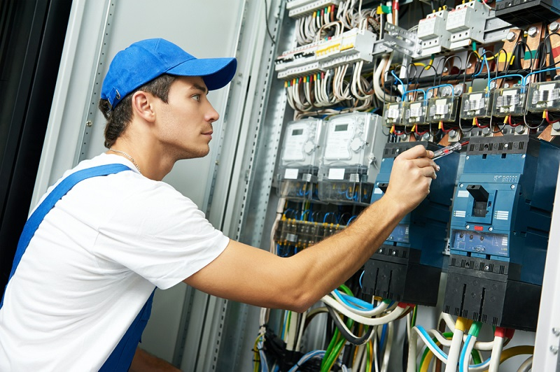 List of Advantages for Hiring Experienced Electricians