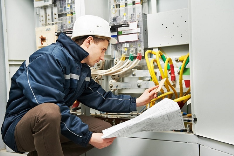 What Are the Advantages of Availing Professional Electrical Service?