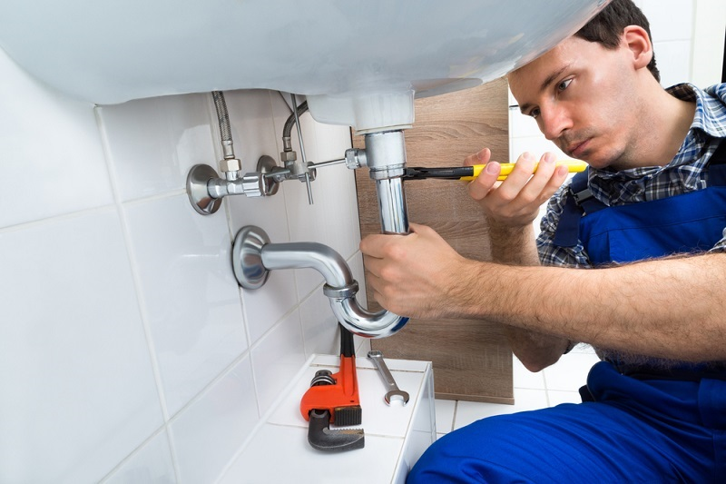 Call A Plumber in Times of Need and Get Rid of All The Tensions