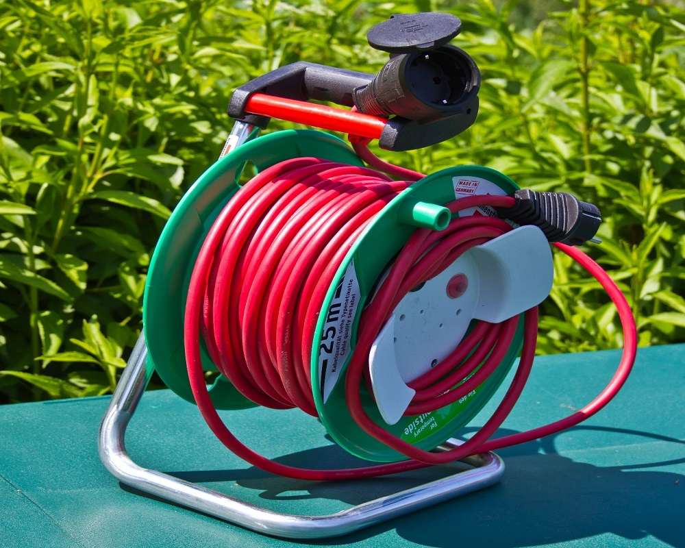 What To Consider Before Buying A Garden Hose Reel?