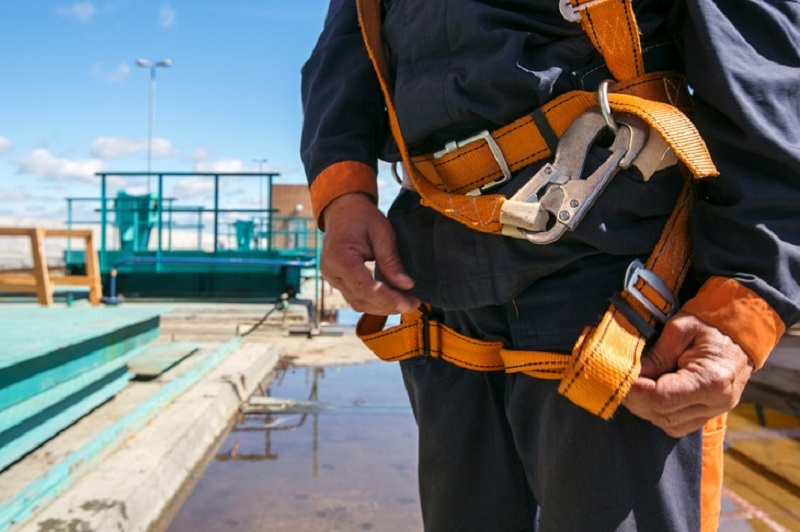 Things to Keep in Mind While Looking for A Trustworthy Height Safety Service Provider