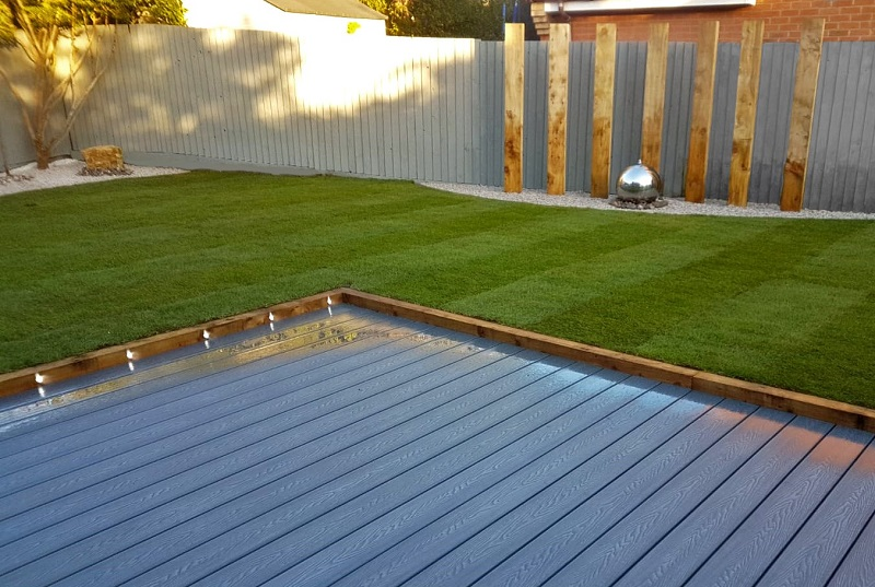 The Benefits of Composite Decking Compared to Real Wood