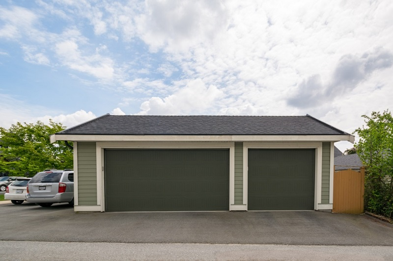 What Are Some Of The Benefits Of Having A Garage?