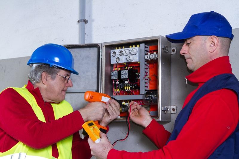 Commercial-Electrician-Service-Albert-Park