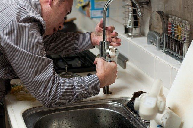 4 Best Advantages Of Working With An Experienced And Professional Plumber