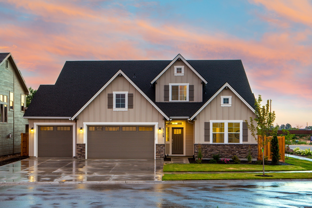 Things To Consider When Selecting A Roof For Your Home