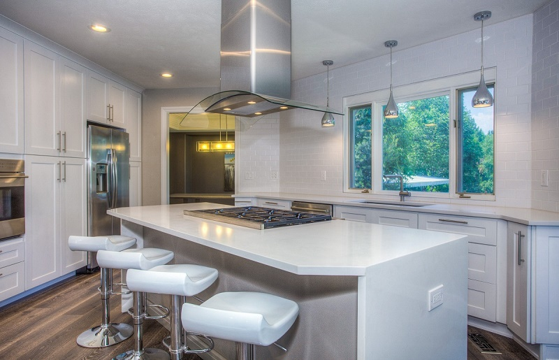 Why Should You Think of Your Kitchen Makeover with New Kitchens Cabinetry?